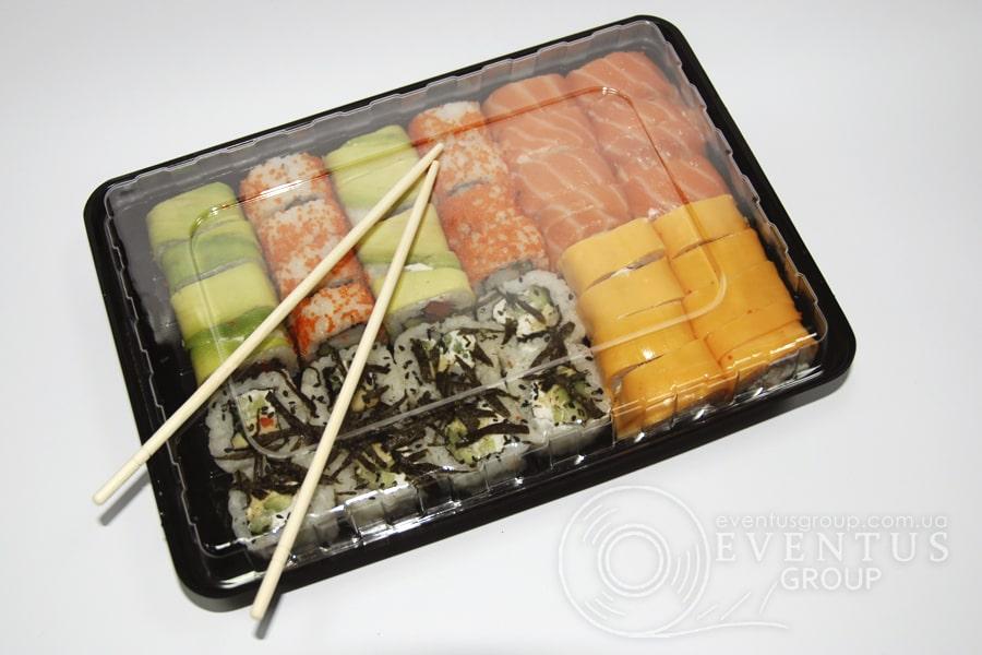 пластиковый контейнер для суши-сетов
